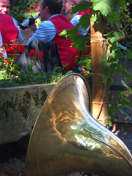 Olnzelse Kopperbloazer Tuba